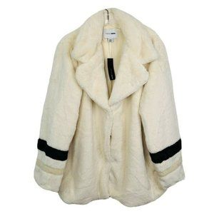 FASHION NOVA Only In New York Ivory Faux Fur Coat